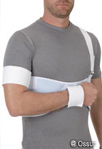 shoulder immobilizer on man in chicago